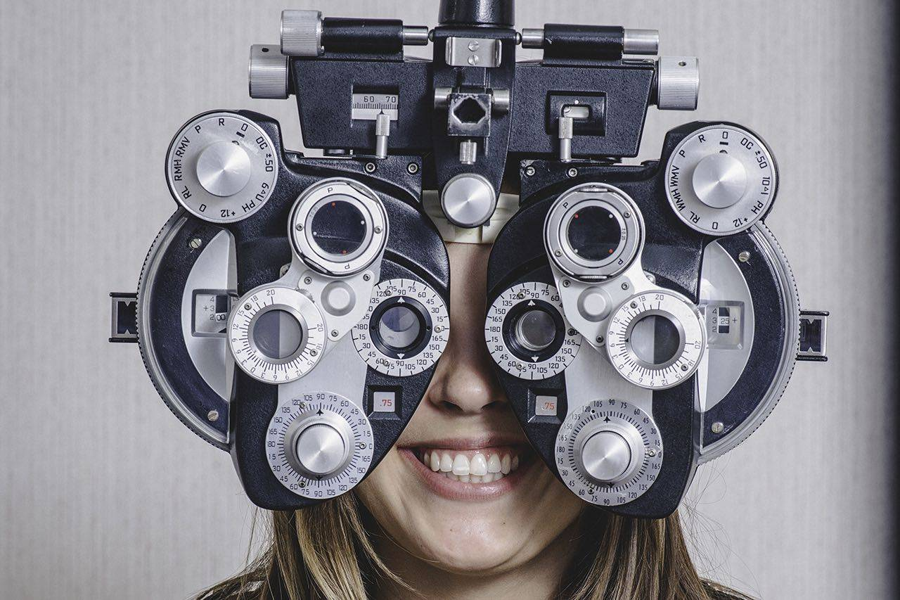 woman getting an eye exam at InSight Eyecare Optometry in Scotts Valley