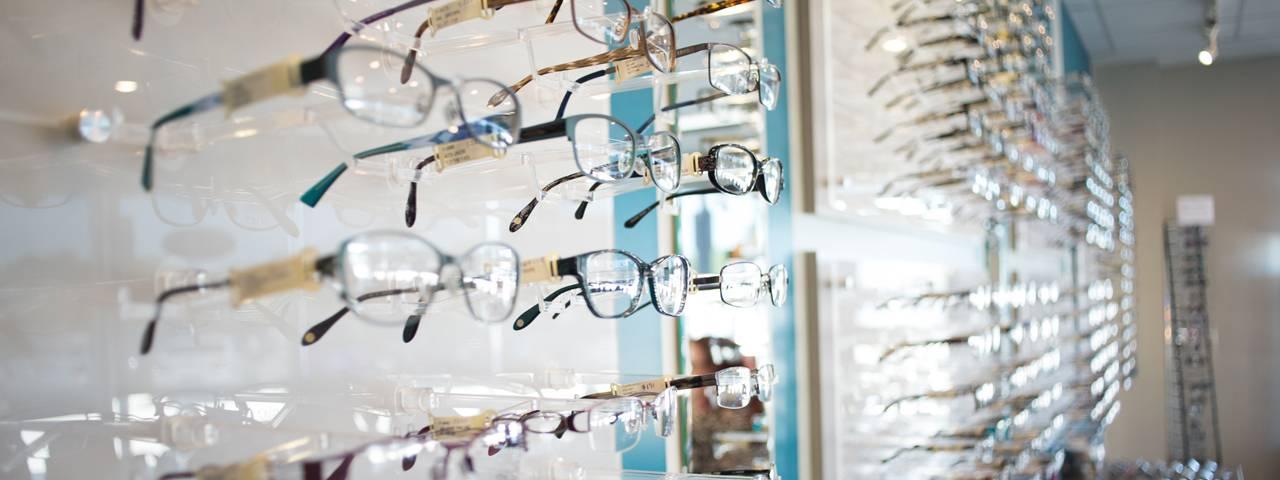 closeup-of-glasses-display-wall-1280x480