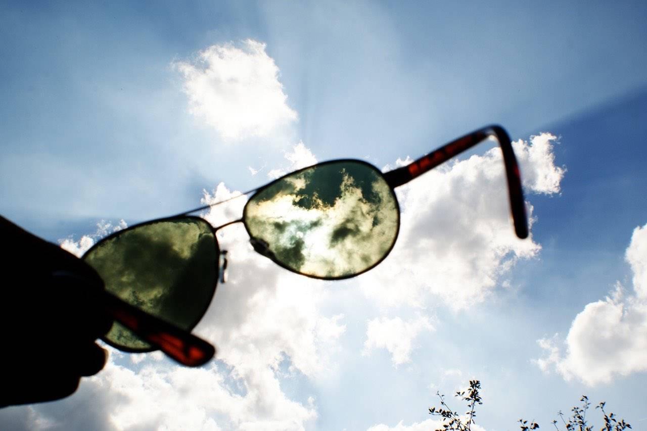 sunglasses-sunburst